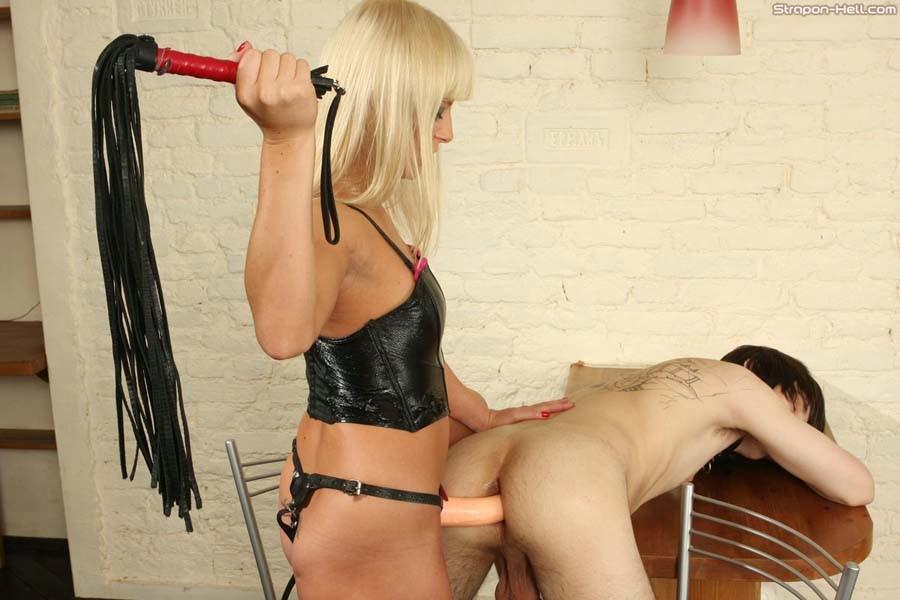 порно нд госпожа страпонит раба