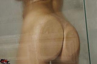 Brea Lynn getting her dirty shower
