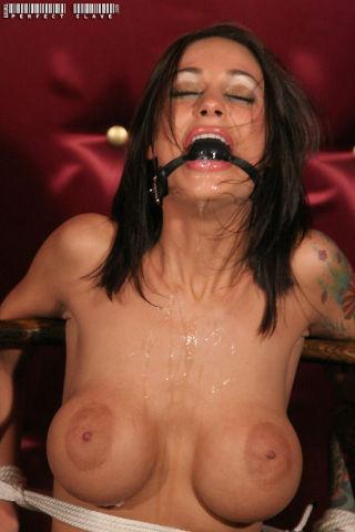 Nude in casino