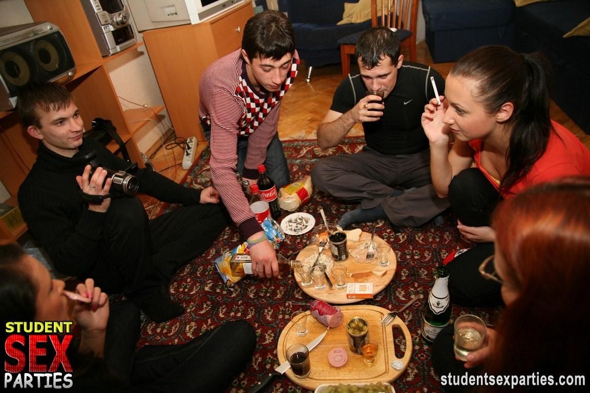 наших пользователей украинские студенты секс смотреть только