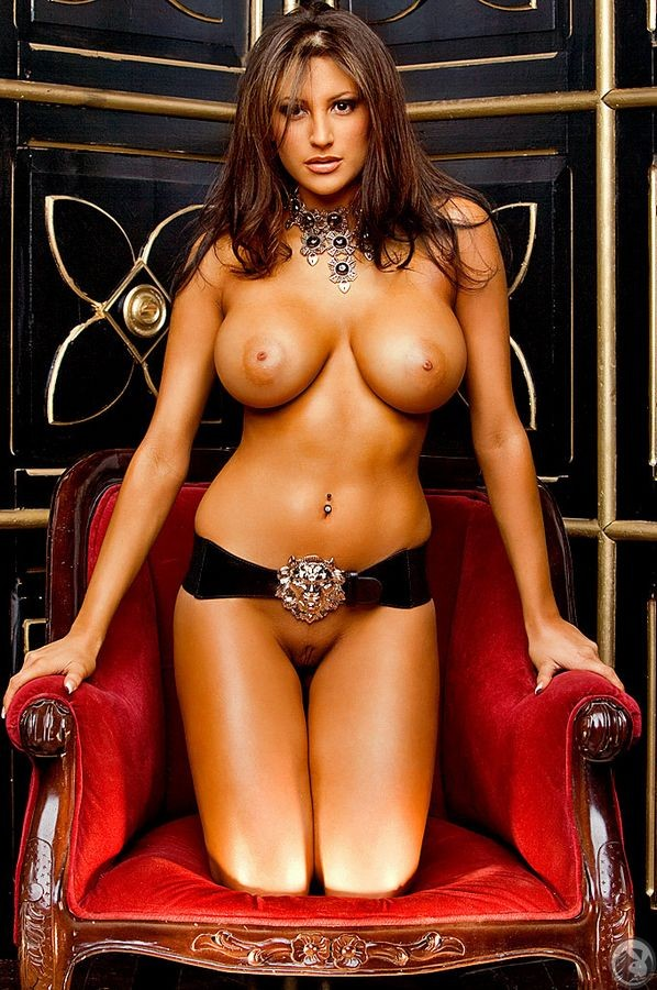 Remarkable, very hot tanned babe nude