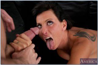 Lezley Zen successfully seduces her son's friend