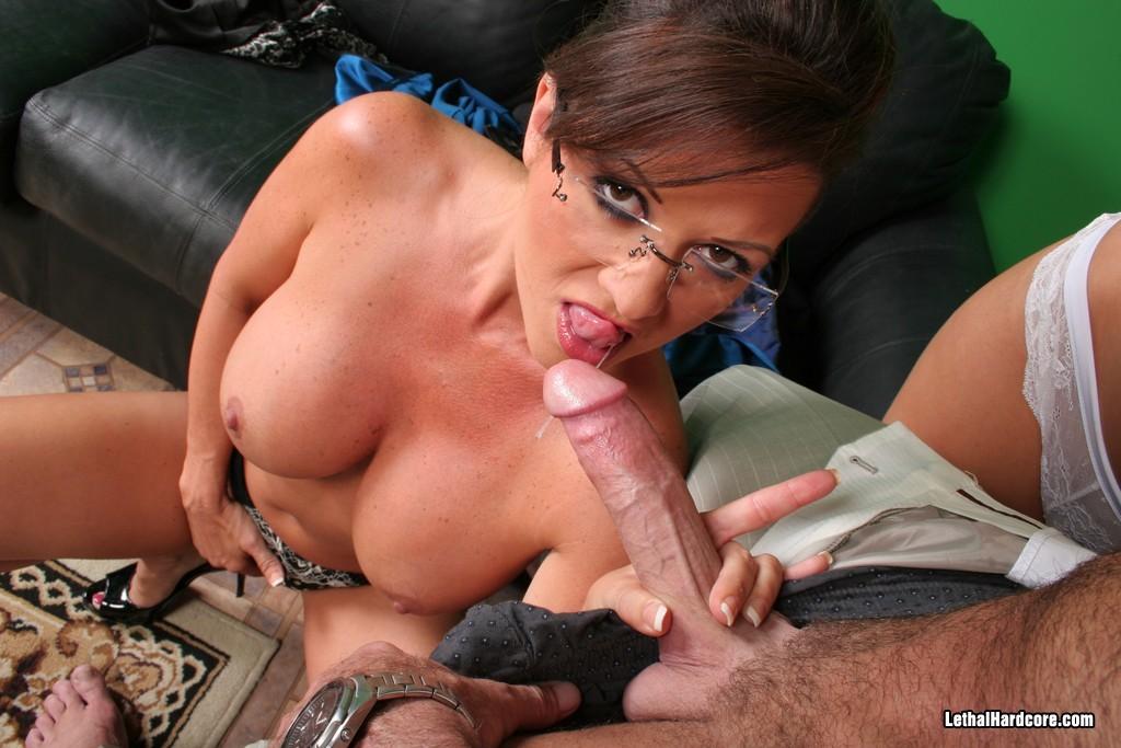 Pflegerin Penis Sexmaschine Facialsex