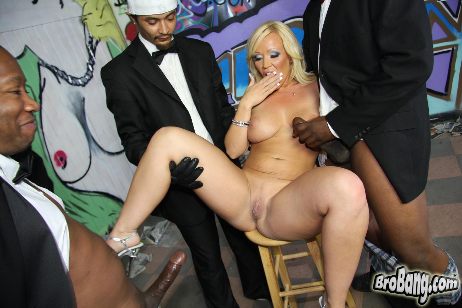 Black girl porn pitcher
