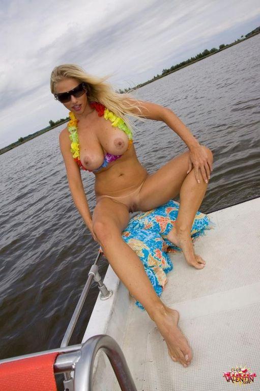 Nikita Valentin strips off her bikini to go sailin