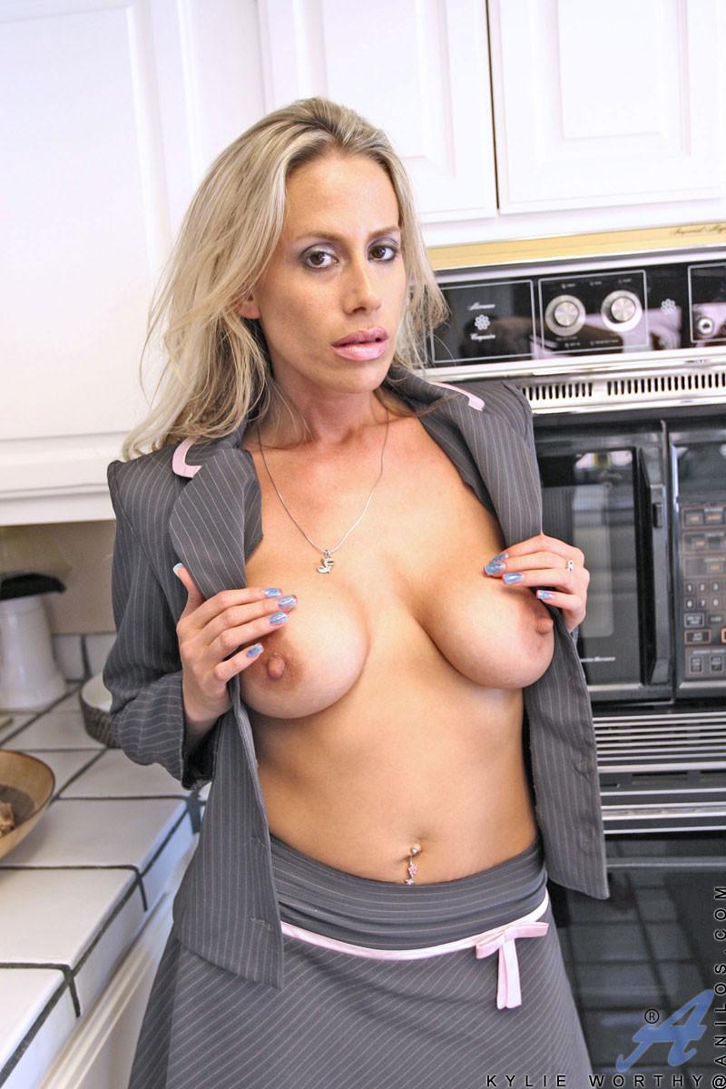 Stepford wife porn