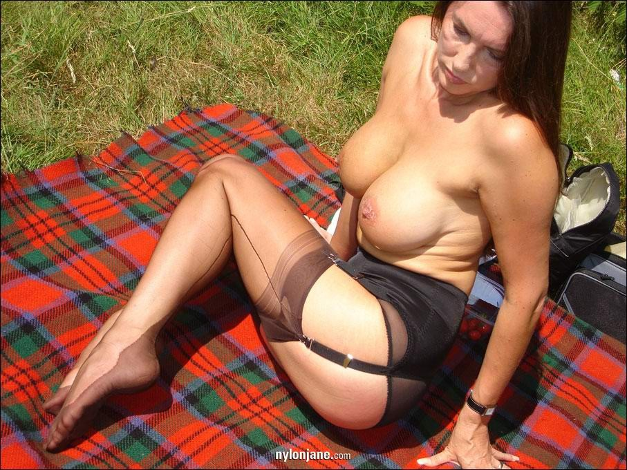 Think, big tits milf nylon