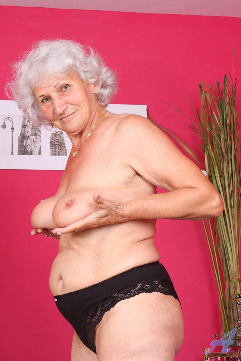 сексуальные фото старых женщин обязательств
