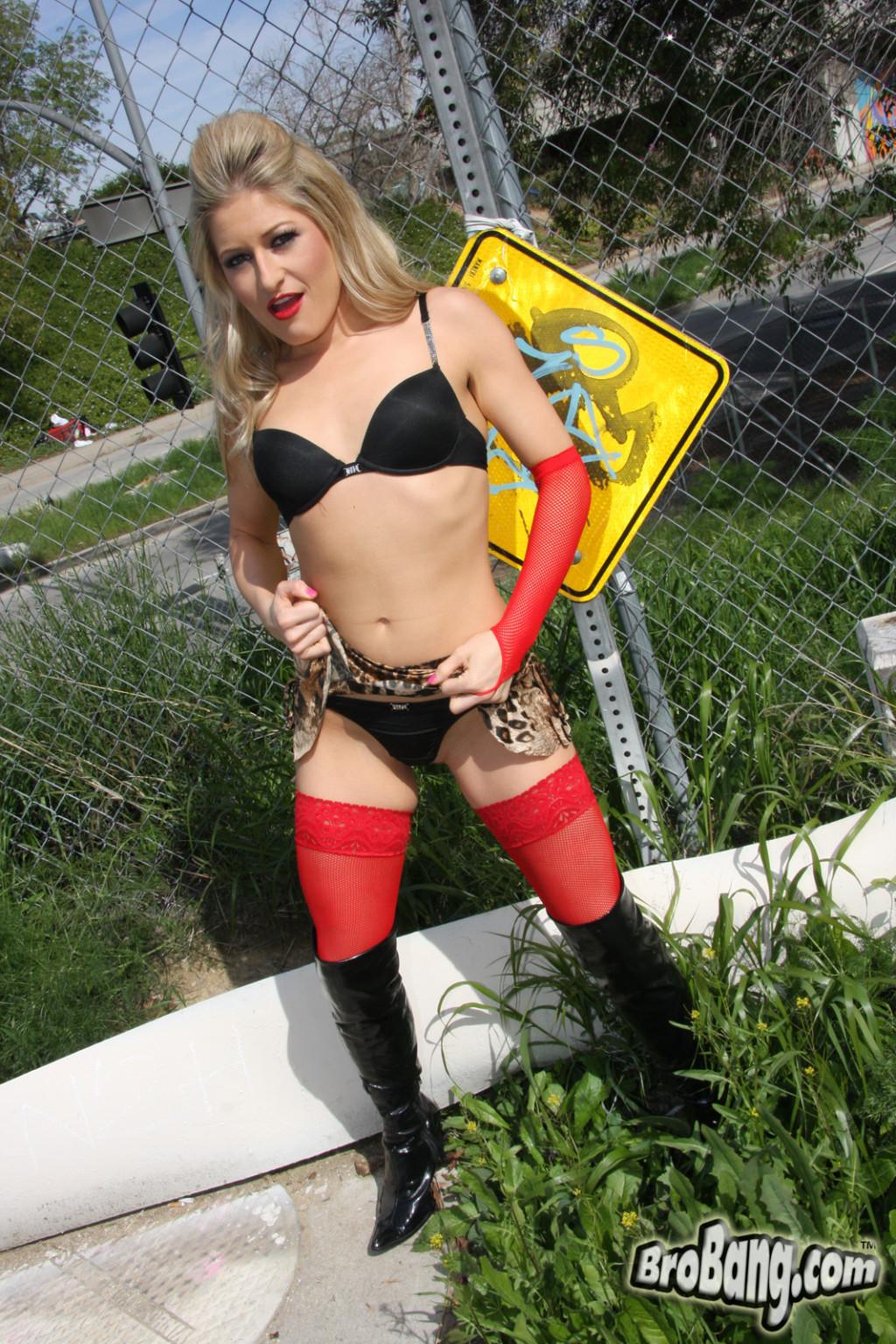 Heather Gables порно модель