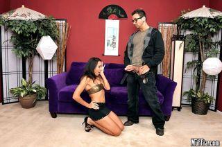 Asian porn star Keeani Lei gets anal gaped by a bi
