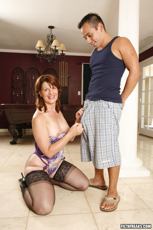 Horny older lady with younger dude