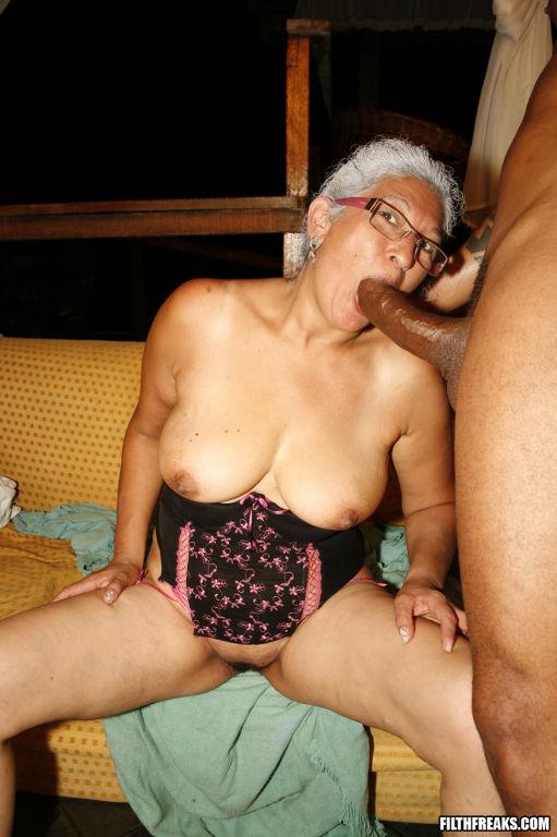 Sweet old lady sucking and fucking
