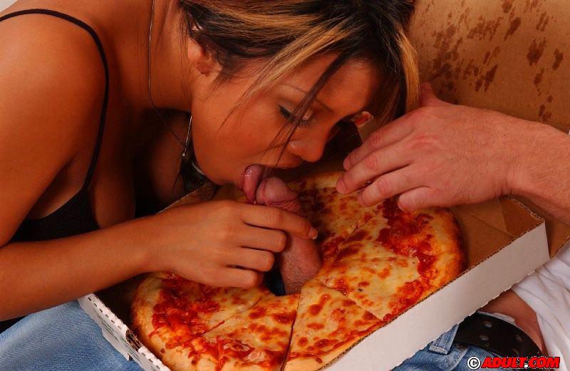Big sausage pizza baylee