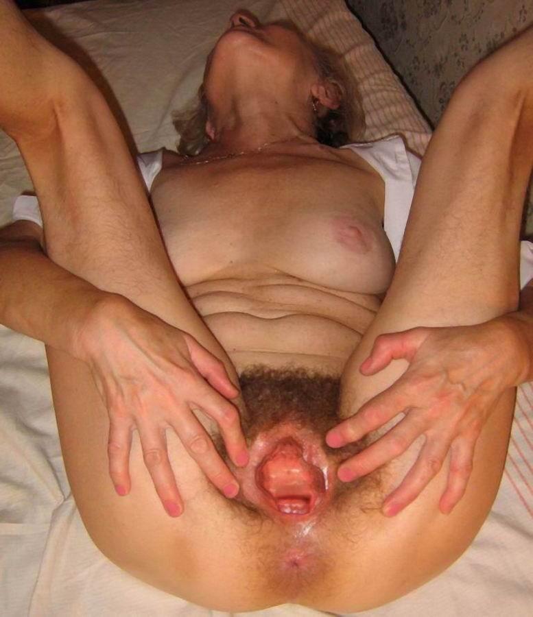 granny gaping