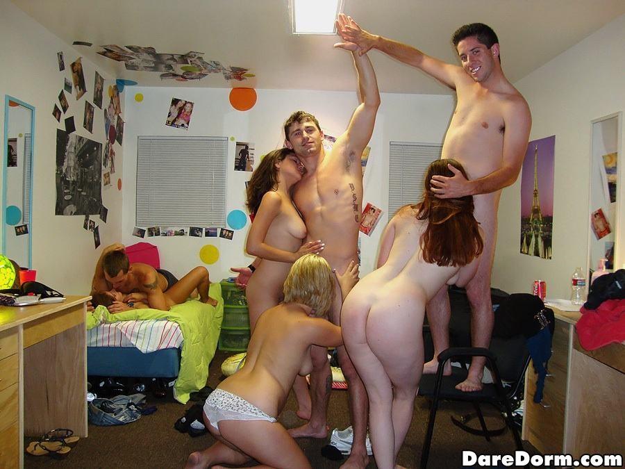 Drunk Amateur Blonde College
