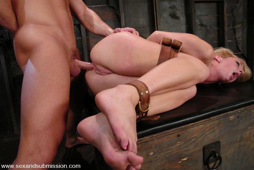 Erotic mature lady massage in toronto