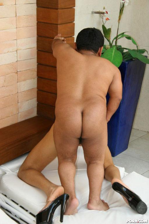 Horny Babe Erika Fucks Kinky Midget Man