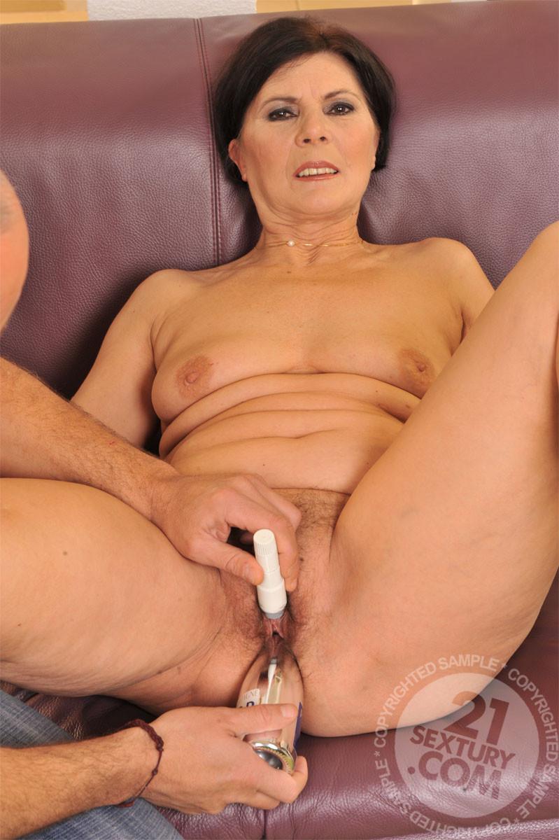 t naked margo granny full