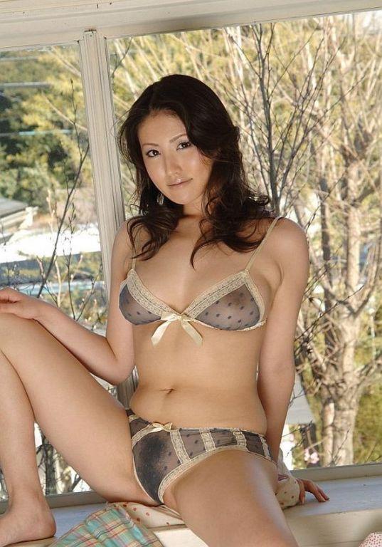 Japanese panty porn pics