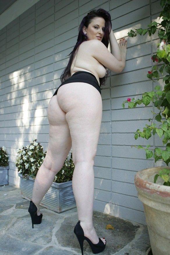 Nakedxgirlfriends Caroline Pierce Big Ass Naked