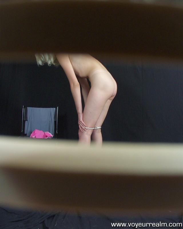 Ebony shorts messy exhibitionist