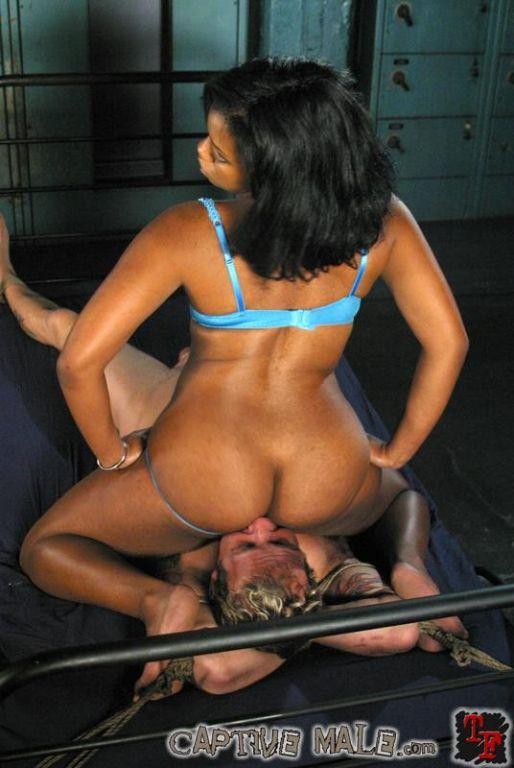Mistress Sydnee Capri using violetwand spanks and