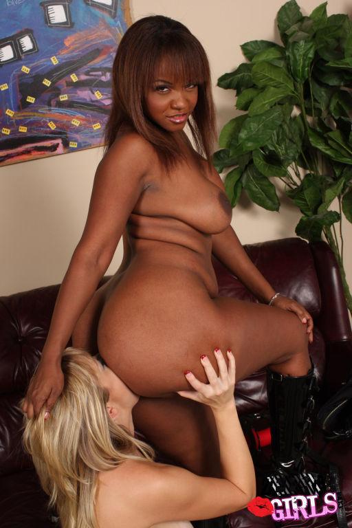 Adrianna Nicole and Sinnamon Love in Interracial l