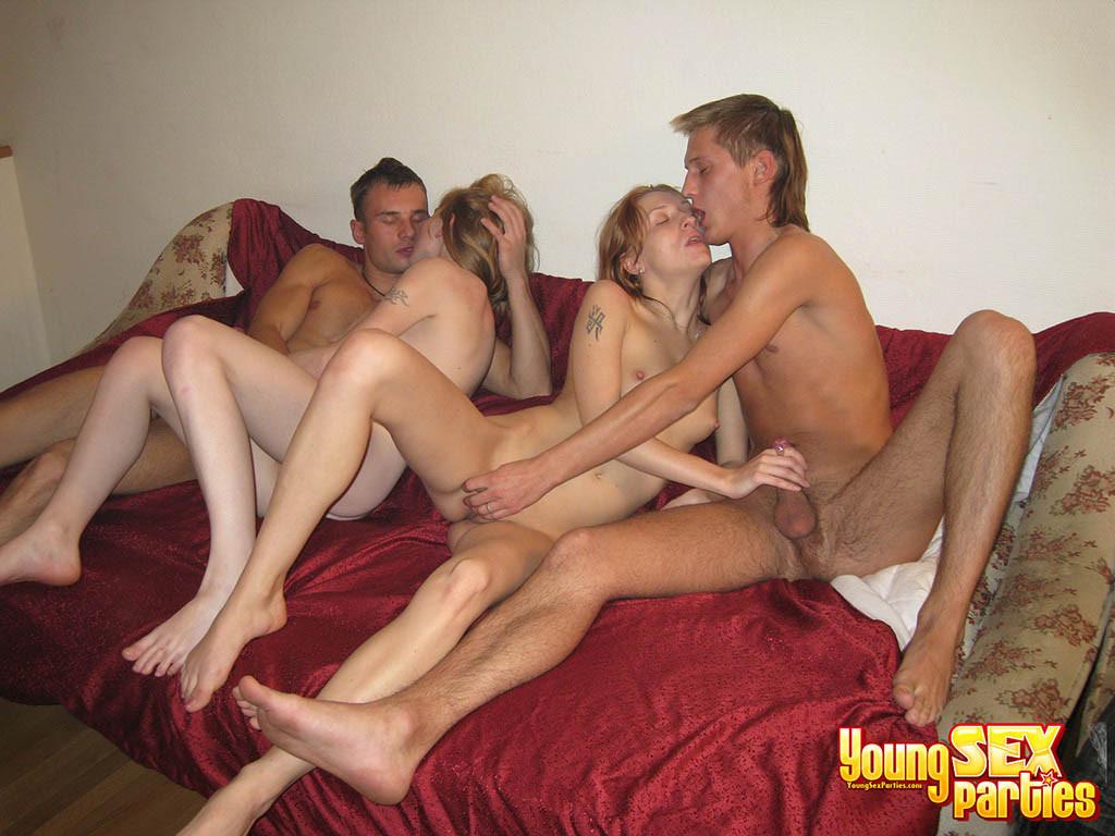 Секс Молодых Свингеров