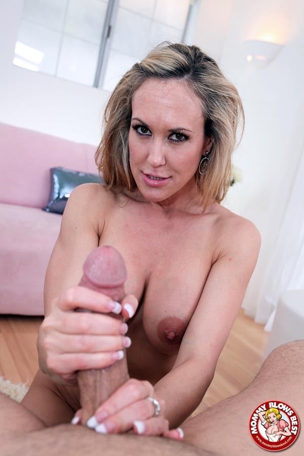 Blonde milf pov porn