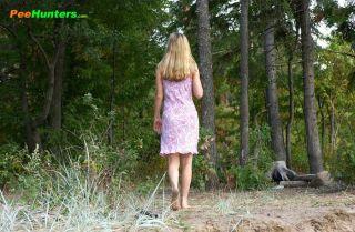Bosomy blonde pleasure for a real piss hunter