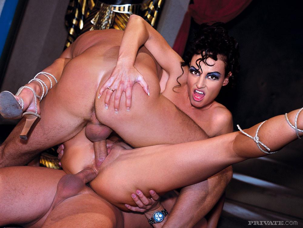 Rosamund pike nude pussy sex