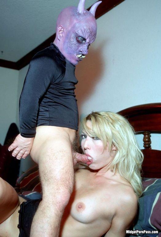 Scary midget demon guy fucking blonde slut
