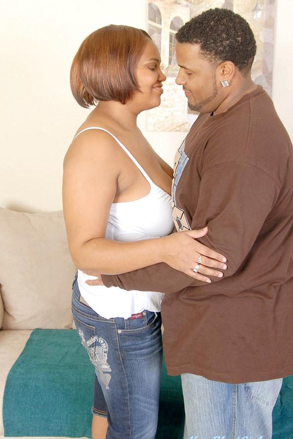 Fat black girl oral sex