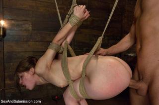 Sensi Pearl loves kinky in manhandling bondage sex
