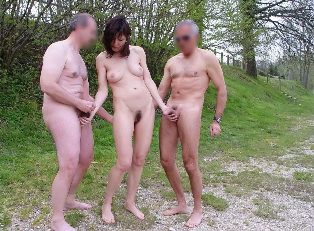 сюжет, порно девки отдыхают а парни ходят голые понял, что этот