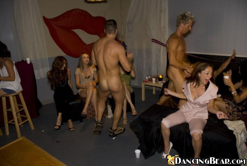 грудь, порно вечеринки перед свадьбой девишник лишь реальные