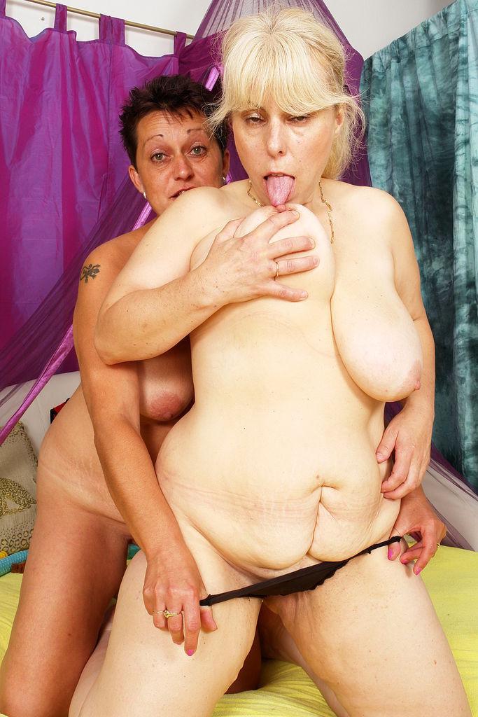 Arab lesbien xxx licking