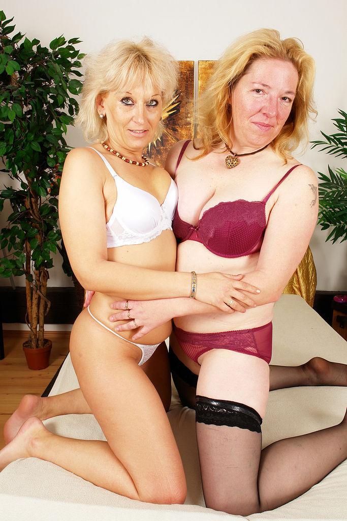 Sexy Big Tit Lesbians Strap