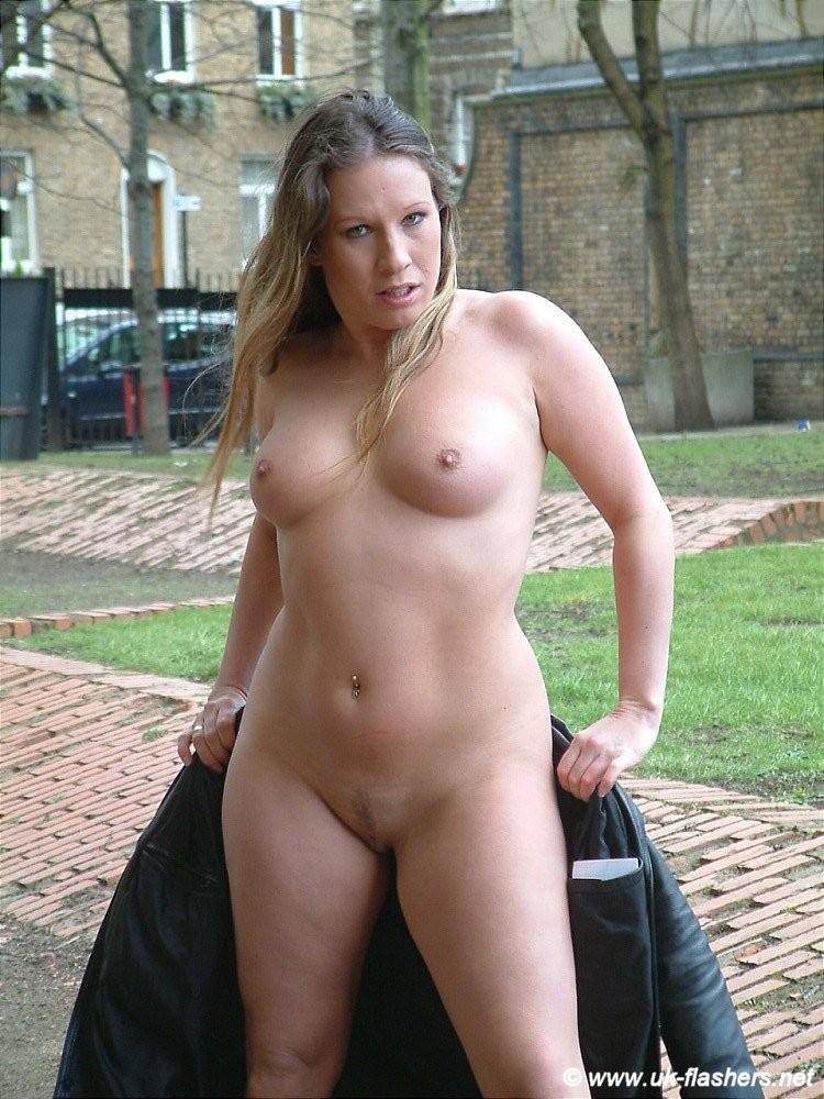 Nude lesbian ladies