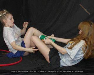 Catfight lesbian galleries