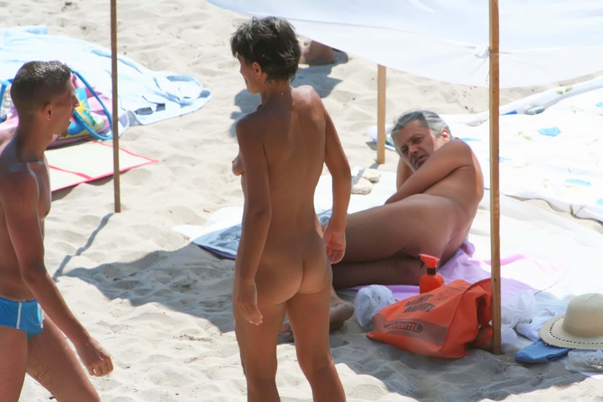 Sexy naked trio