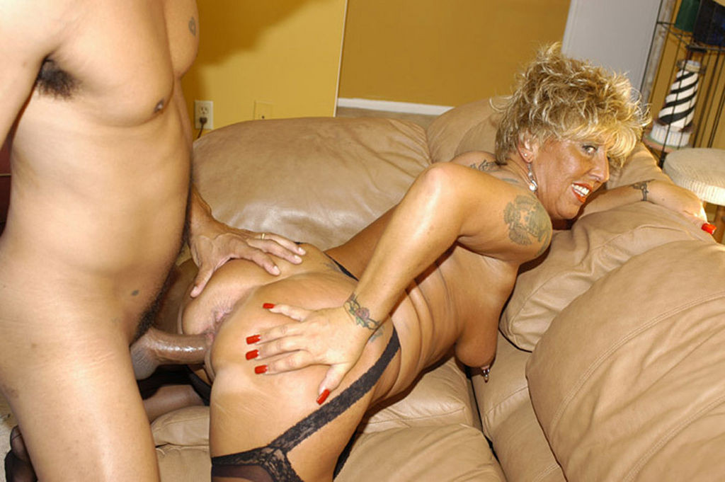 Nasty granny porn pictures that
