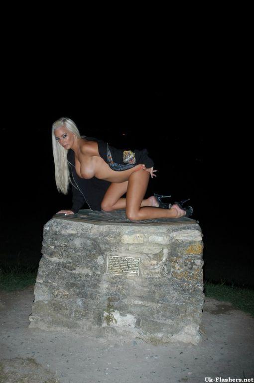 Jeana Brocks public nudity and outdoor uk pornstar