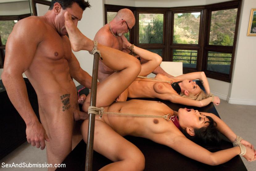 Порно Привязанные Группа