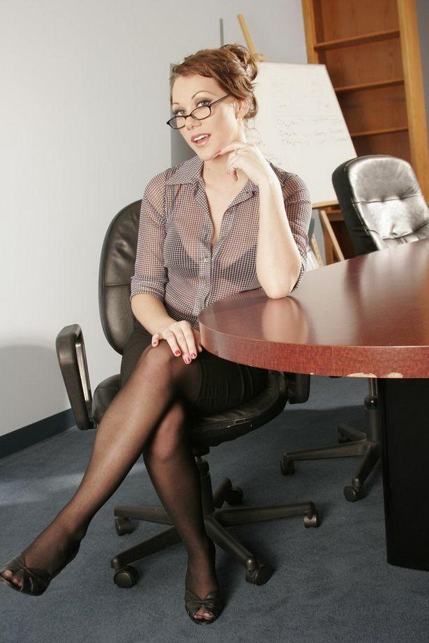 naked Samantha Sin xxx at work secretaries ...