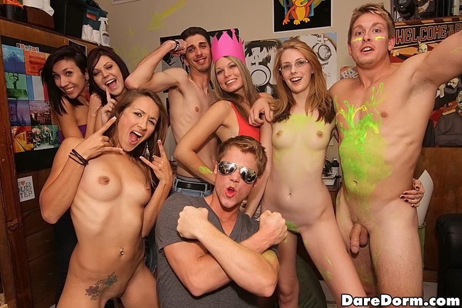 Strapon glasses lesbo party