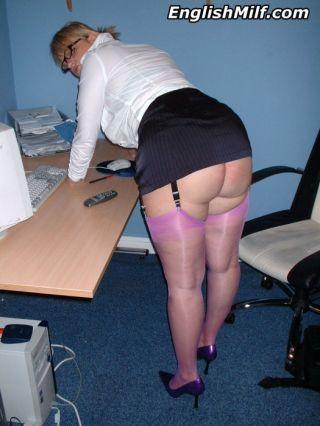 Big ass secretary in purple nylon stockings