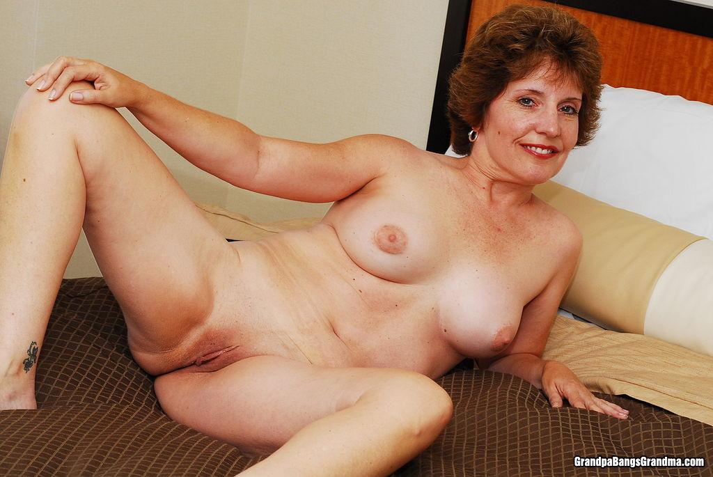 Очень сексуальные пожилые голые женщины