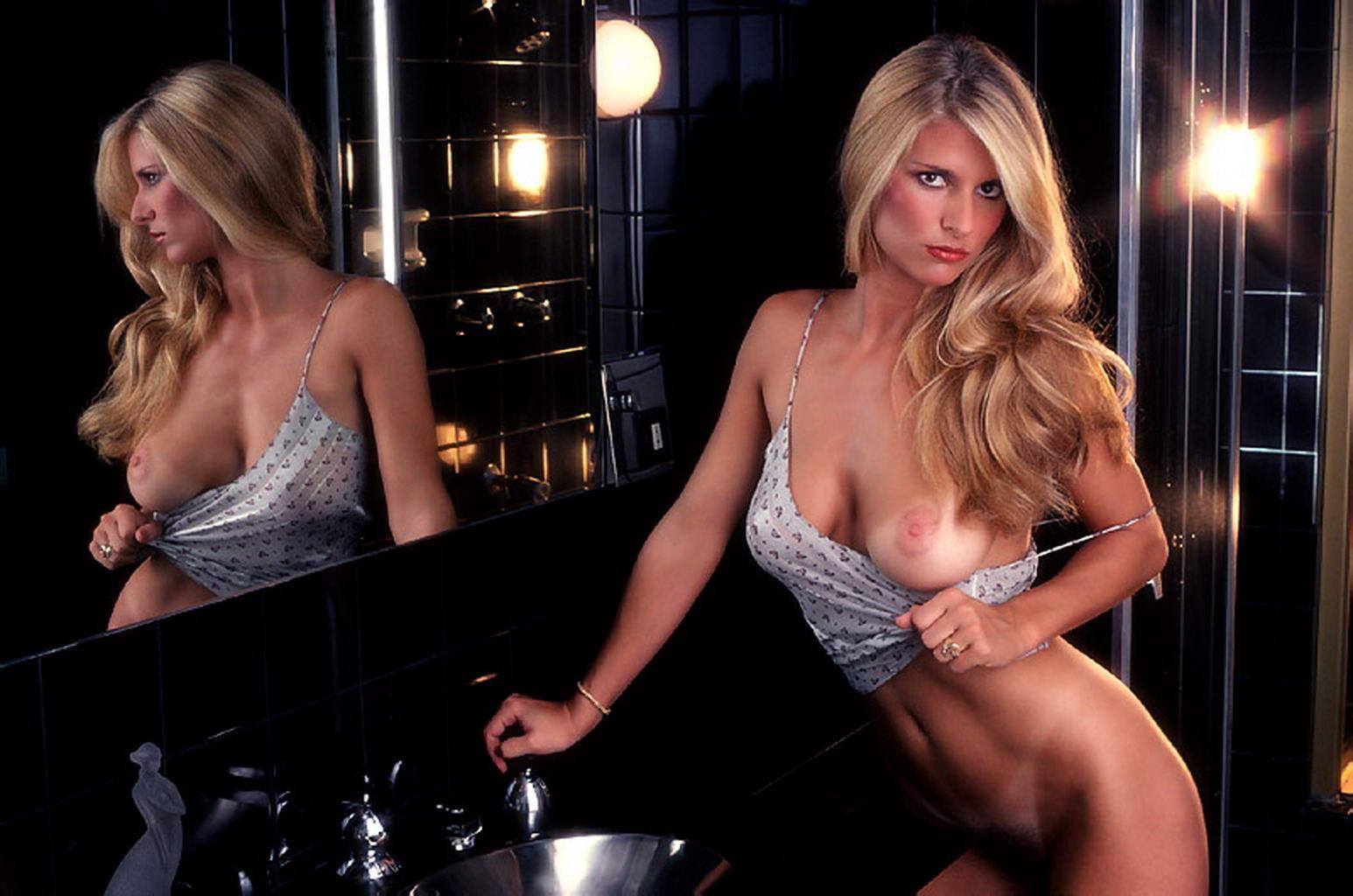 Muscular women nude porn