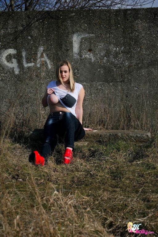 Meet the newest British big boobed teen sensation